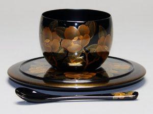 コーヒーカップ 椿蒔絵