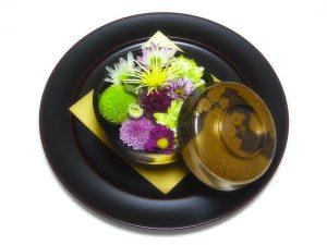 洲浜枝菊蒔絵 煮物椀/溜塗 丸皿(大)