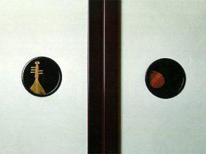 琵琶蒔絵の襖引手