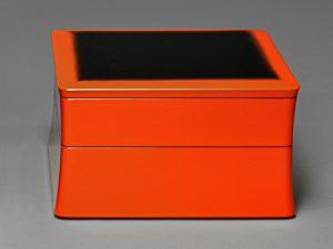 Kakubitsu-Suehiro (2-tier stacking food boxes)