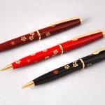"Maki-e lacquered ballpoint pen ""Plum blossoms"""