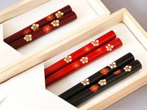 Chopsticks, Plum blossoms