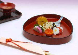 "Miyama-bon (""Three peaks"" tray)"